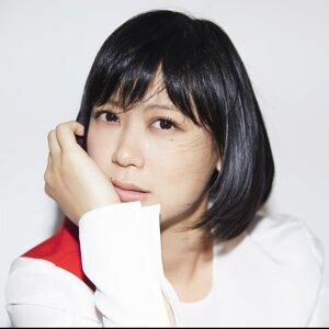 Ayaka (絢香)