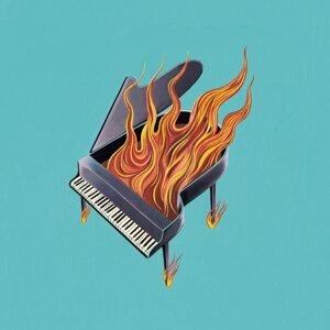 Grand Pianoramax 歌手頭像