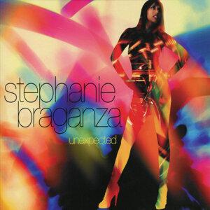 Stephanie Braganza 歌手頭像