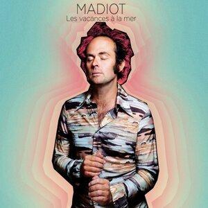 Madiot 歌手頭像