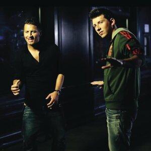 Csaba Vastag és Tamás Vastag 歌手頭像