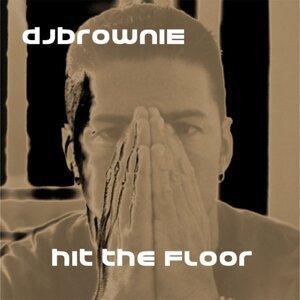 DJ Brownie 歌手頭像