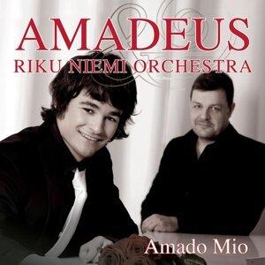 Amadeus ja Riku Niemi Orchestra