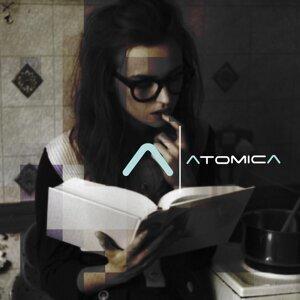 Atomica 歌手頭像
