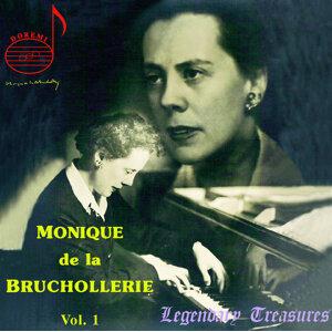 Monique de la Bruchollerie