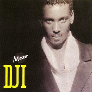 Master DJi 歌手頭像