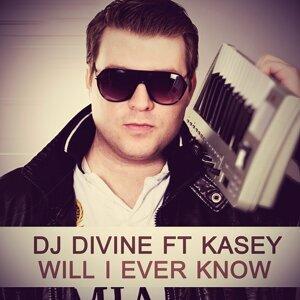 DJ Divine 歌手頭像