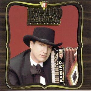 """Ramiro Delgado """"Cazadores"""" 歌手頭像"""