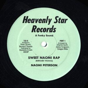 Naomi Peterson 歌手頭像