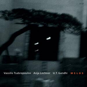 Vassilis Tsabropoulos,Anja Lechner,U.T. Gandhi 歌手頭像