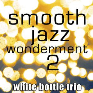 White Bottle Trio 歌手頭像