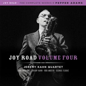Jeremy Kahn Quartet 歌手頭像
