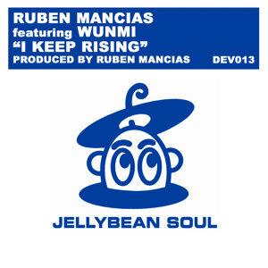 Ruben Mancias featuring Wunmi 歌手頭像