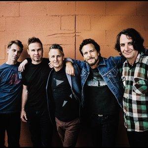 Pearl Jam (珍珠果醬合唱團)