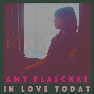 Amy Blaschke 歌手頭像