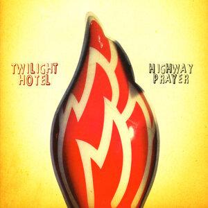 Twilight Hotel 歌手頭像