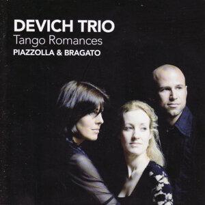 Devich Trio 歌手頭像