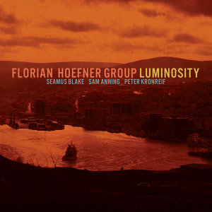 Florian Hoefner Group 歌手頭像