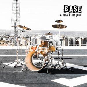 Base 歌手頭像