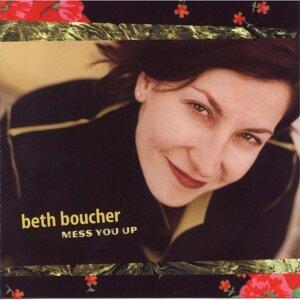 Beth Boucher アーティスト写真