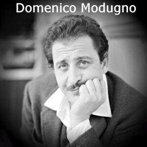 Domenico Modugno 歌手頭像