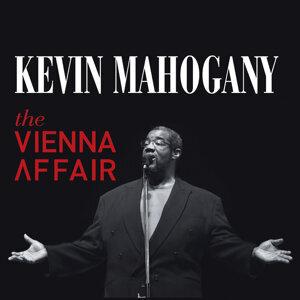 Kevin Mahogany 歌手頭像