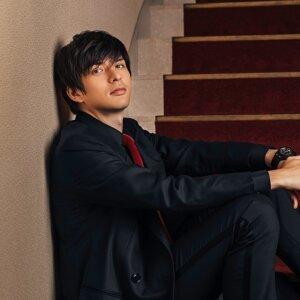 城田優 (Yu Shirota)