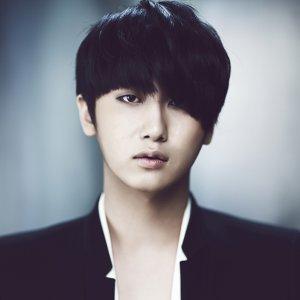許永生 (Heo Young Saeng)