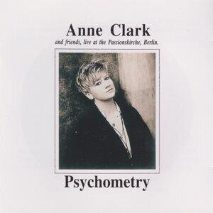 Anne Clark 歌手頭像