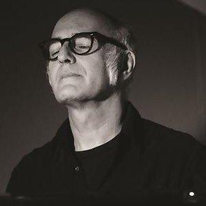 Ludovico Einaudi (魯多維科·伊諾第)