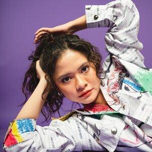 Tami Andira 歌手頭像
