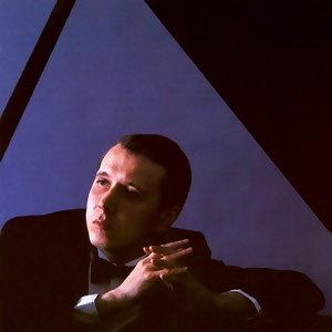 Mikhail Pletnev/Philharmonia Orchestra/Libor Pesek (普雷特涅夫/愛樂管絃樂團/Libor Pesek指揮) 歌手頭像