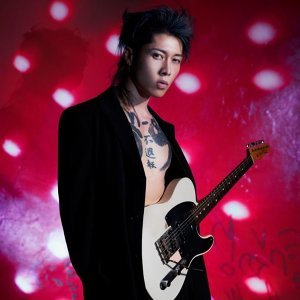 雅-MIYAVI- (MIYAVI)