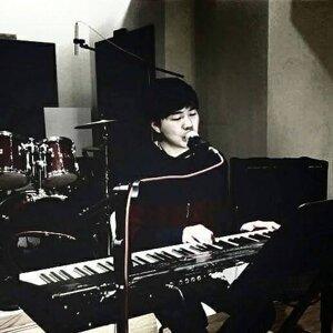 翁元佑 歌手頭像