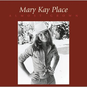 Mary Kay Place 歌手頭像