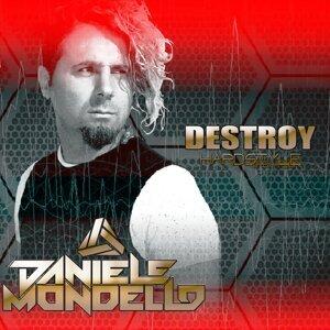 Daniele Mondello 歌手頭像