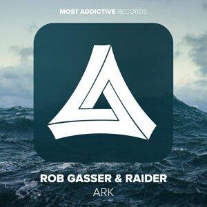 Rob Gasser, Raider