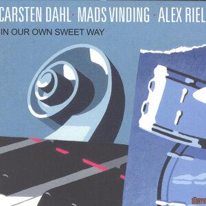 Carsten Dahl, Mads Vinding, Alex Riel 歌手頭像