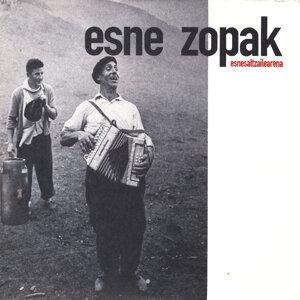Esne Zopak 歌手頭像