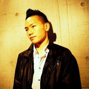 岸田 修一 歌手頭像