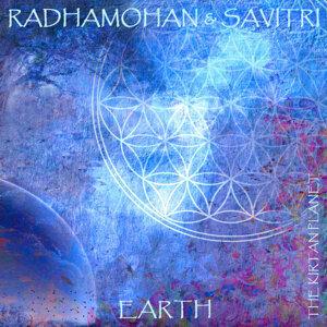 Radhamohan and Savitri 歌手頭像