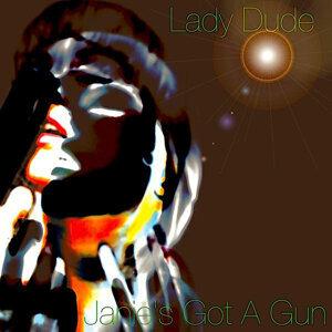 Lady Dude 歌手頭像