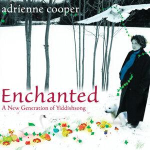 Adrienne Cooper 歌手頭像