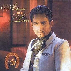 Arturo León 歌手頭像