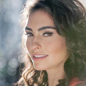 Bruna Caram 歌手頭像