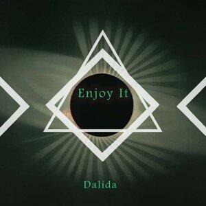 Dalida (黛莉達)