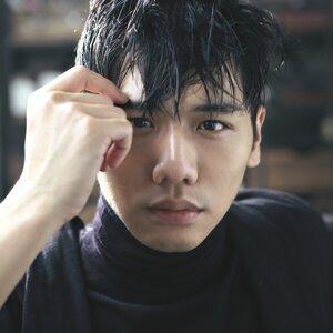 Evan Yo (蔡旻佑)