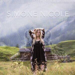 Simone Nicole