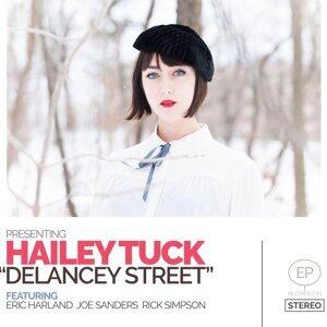 Hailey Tuck 歌手頭像