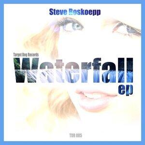Steve Roskoepp 歌手頭像
